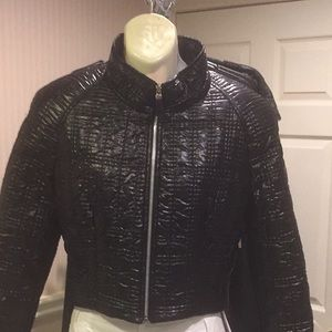 NWOT Black quilted light weight bomber jacket
